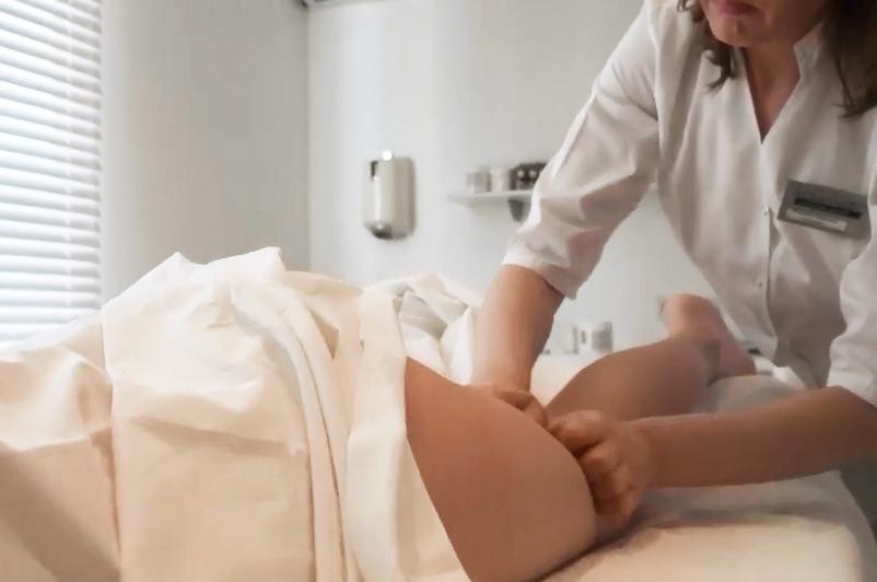 Зачем нужен лимфодренаж ног?